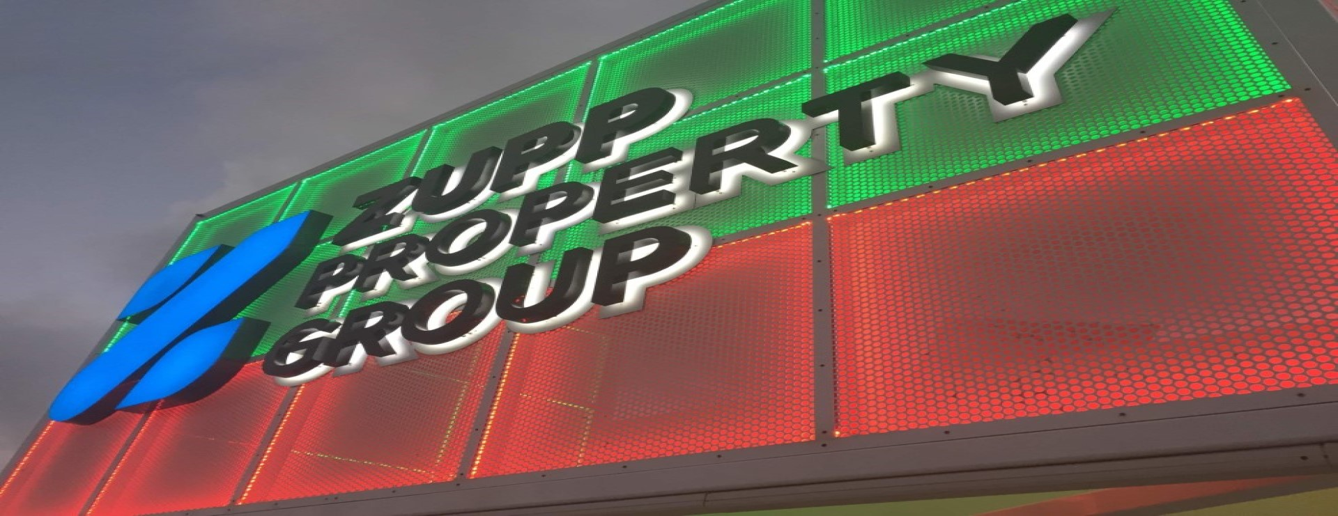 Zupps coloured box signage 1920 x 741 (1)